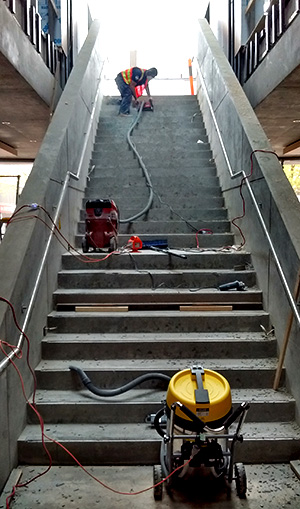 cutting concrete stairs